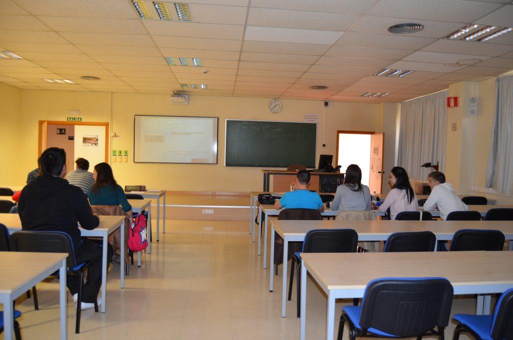 imagen de un aula de la universidad de Murcia